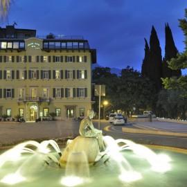 GRAND  HOTEL  RIVA  **** – Riva del Garda ( TN )