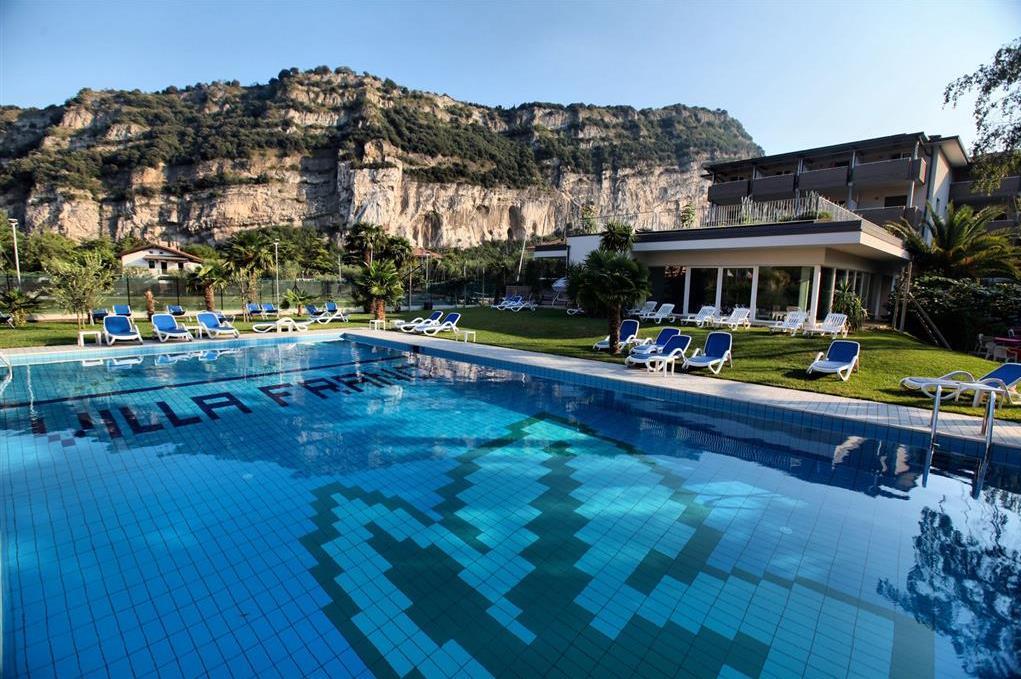 HOTEL VILLA FRANCA ***s – Lido di Arco
